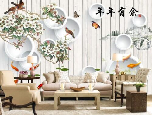 Белые круги, ветви, птицы на фоне деревянной стены