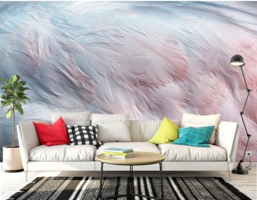 Намёк на розово-голубые перья