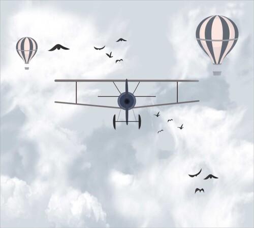 Самолет и воздушные шары в небе