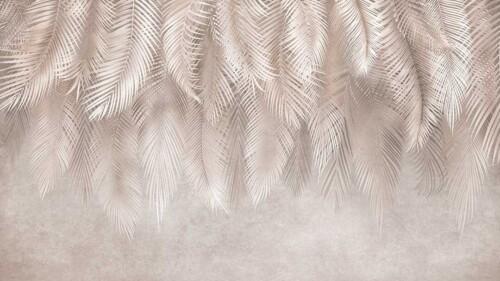 Свисающие пальмовые листья в бежевых оттенках