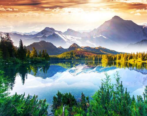 Величественная природа озеро, горы, лес